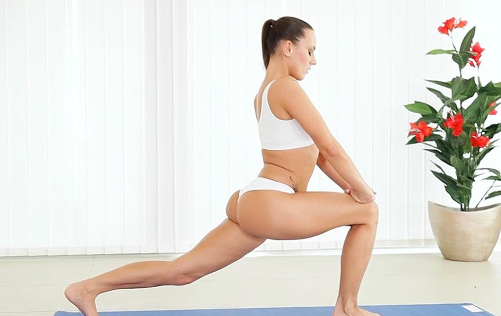 follarla duro yoga