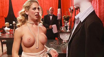 La señora acaba follando con el mayordomo