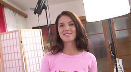 Shalyna va a un casting porno.
