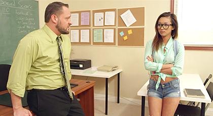 Alina Li tiene que recuperar un examen
