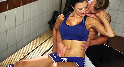 Sexo en el vestuario del gimnasio