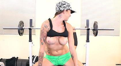 Nueva chica en el porno; Callie