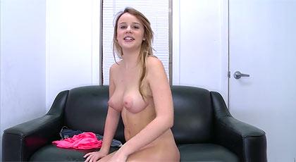 Casting porno para la señorita Alexis Adams.
