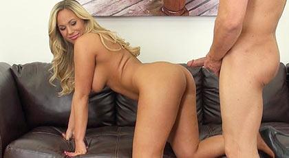 Olivia Austin, polvo en directo por la webcam