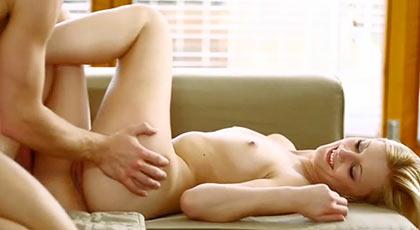Una mañana de sexo pasional y morboso con Katy Rose