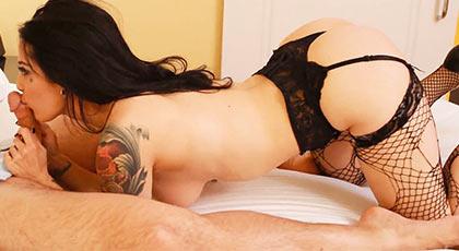 Pagando por una noche loca de sexo con su actriz favorita, Katrina Jade