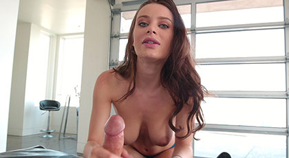 Lana Rhoades quiere grabar porno con su movil