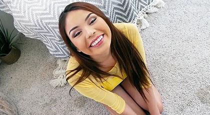 Asiática Sonriente y simpática quiere ser actriz porno