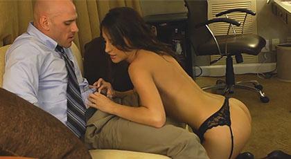Jonnhy quiere una prostituta.