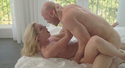 Sexo con jovencita natural con un buen culazo