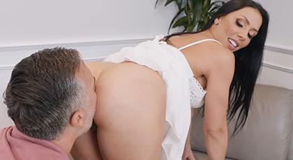 Se hizo actriz porno por puro vicio sexual