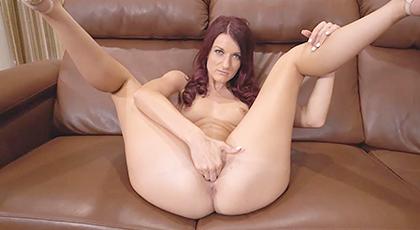 Madurita se mete en el porno por vicio