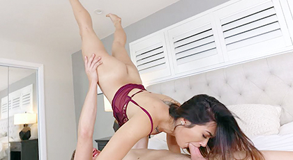 Porno acrobático con joven vecina