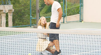 Juega a tenis con mis pelotas