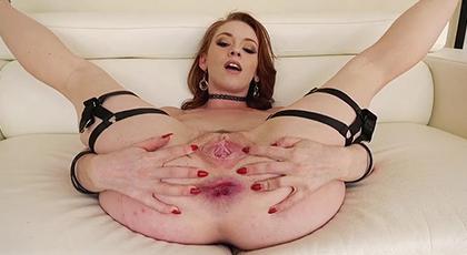 Un anal perfecto con bonita pelirroja