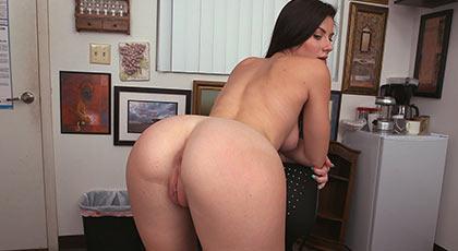 Primera escena porno: Kymberlee Anne